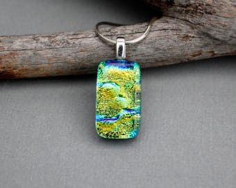 Green Necklace - Unique Necklace For Women - Birthday Gift For Her - Unique Pendant Necklace - Green Jewelry