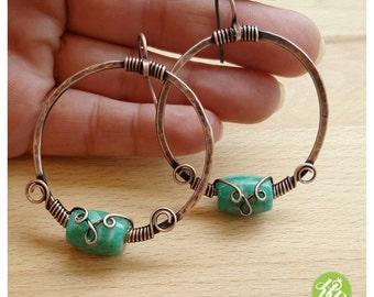 Wire wrap hoop earrings, copper wire hoops, green stone earrings, copper wire jewelry earrings, hammered hoops medium, jasper earrings hoops