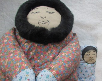 Vintage Hand Made ESKIMO Cloth DOLL With Baby