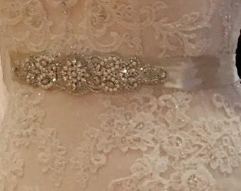 Pearls Bridal Sash, Beaded Sash, Wedding Dress Sash, Crystal Belt, Embellishment, Applique