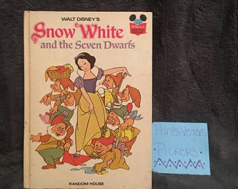 Vintage Snow White and the Seven Dwarfs Book (1973)