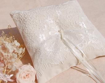 Wedding ring pillow.Ivory Cotton ring pillow,lace ring bearer pillow,wedding gift ,wedding Accessories.handmade wedding ring pillow
