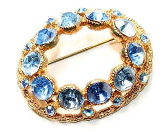 Blue Sparkly Rhinestone Diamante Gold Coloured Large Oval Vintage Brooch (c1950s)