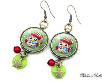 Winter OWL earrings red green Christmas snowflake Hat cabochon