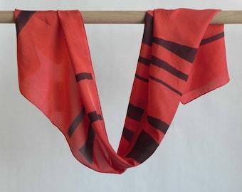 Crimson scarf
