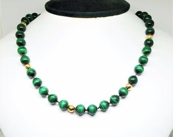 Vintage 14KY & Green Malachite 8.2mm Ball Necklace 22""