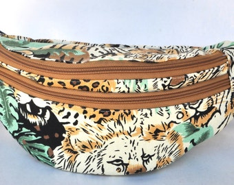 Fanny Pack Lion, hip bag,bum bag,waist bag,belt bag,hip pouch,bags & purses festival bag, concerts bag, festival bag , camping bag