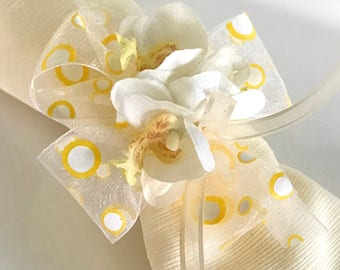 Napkin Ring - Pale Yellow Orchid cluster- Wedding Decoration - Wedding Showers - Easter