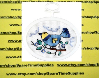 """Janlynn Corporation - Bird on a Branch - counted cross stitch - approx. 2.75"""" x 2.125"""" oval - 1 kit - #021-1499"""