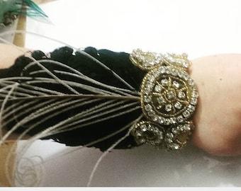 Black and gold feather corsage, wrist corsage, corsages for prom, 1920s corsage, prom corsage, black corsage, rhinestone corsage, Gatsby