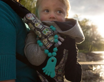 Chompy Silicone Foot Babywearing Accessory