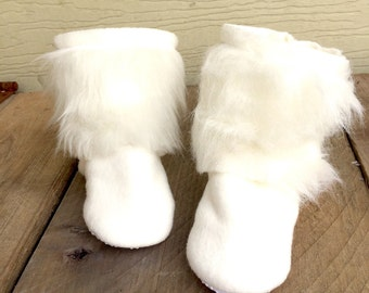 Fur Baby & Toddler Boots - Fleece Baby Boots  - Fall Fashion - White Fur Boot - Winter Boots - Escimo Boots - Baby Shower Gift - Newborn