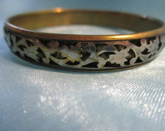 Gold Tone Bangle Bracelet with Silver Tone Leaf Pattern
