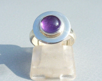RING AMETHYST silver round cabochon, uncluttered ring, small round ring, stone women ring purple ring not expensive stone and silver.