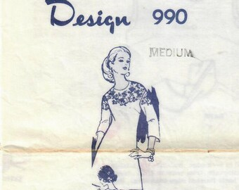 1970s Mail Order 900 Vintage Sewing and Embroidery Pattern Misses Dress, A-line Dress, One Piece Dress Size Medium