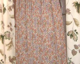 70s Skirt Pleated Long with Tiny Flowers Floral Print - Hippie - Boho Vintage