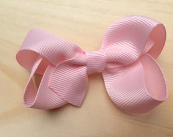 Baby pink hair bow - light pink bows, hair bows, boutique bows, girls hair bows, girls bows, toddler hair bows, baby bows, pigtail bows, bow