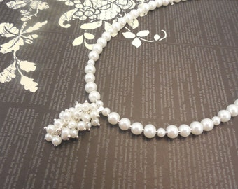 One Strand, 4mm and 6mm Embossing White Glass Pearl Necklace with Pearl Pendant
