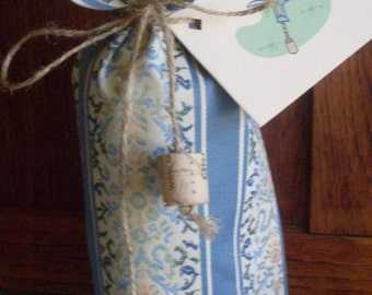 Blue Wine Gift Bag with Tie and Gift Tag Eco Friendly Recycleable Fabric