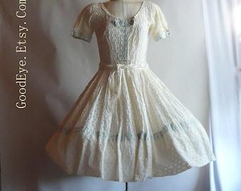 Amazing 50s Party Dress / SHEER Eyelet Ivory White Cotton /Small size Waist 26inches / Vintage Full Petticoat Skirt Wedding VLV