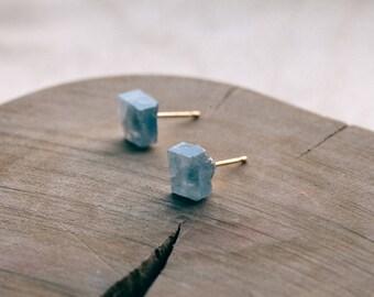 blue calcite geometric stud