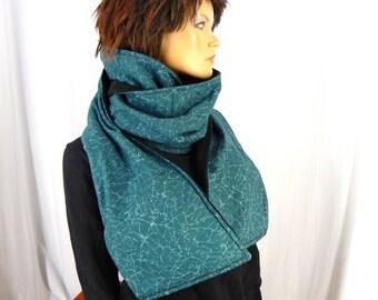Big scarf with pockets