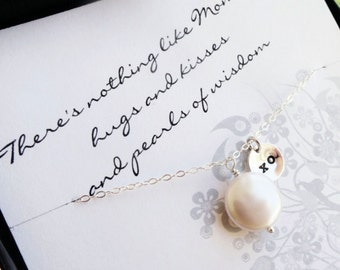 Mother of the bride or mother of the groom gift, card and pearl necklace gift set, mothers jewelry, gift for mother in law