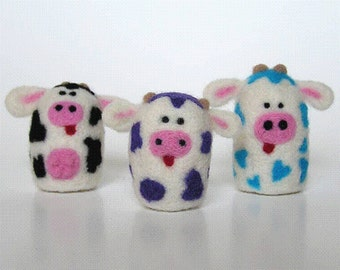 NEEDLE FELTING TUTORIAL / Spotted Cow Fuzz Butts  / Downloadable Pictorial and Instructions / learn how to needle felt / beginner felting