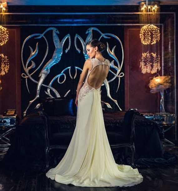 Couture Brautkleid Empire Brautkleid Chiffon V Neck ärmelloses