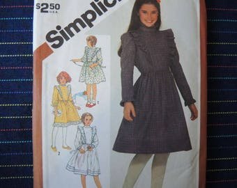 vintage 1980s simplicity sewing pattern 5772 girls' pullover dress size 7