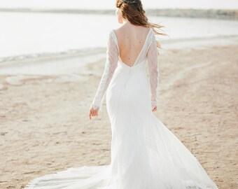 wedding dress, Long Sleeve bohemian wedding dress, boho wedding dress, lace wedding dress, backless wedding dress, boho bridal gown