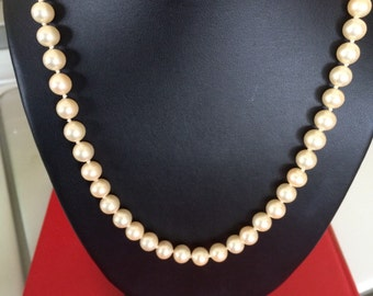 Creamy 8mm Pearl Bead Necklace With Drilled Pearl Bead Clasp