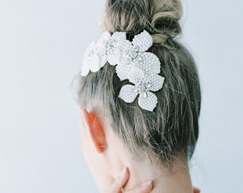 Pearls Beaded Comb - Hp16011