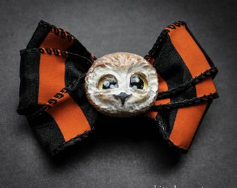 Adorable Baby Owl Halloween Brooch