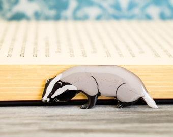 badger pin , animal pin , badger lapel pin , badger brooch , cute bader pin , badger jewelry , woodland gift , animal brooch