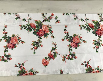 Handmade Vintage 1960's Curtain Valance With Light to Dark peachy Orange Roses. New