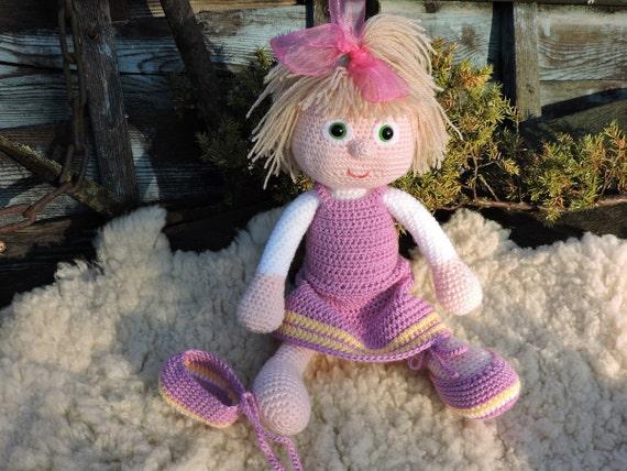 Amigurumi Russian Doll Pattern : Amigurumi crochet pattern masha the russian girl amigurumi
