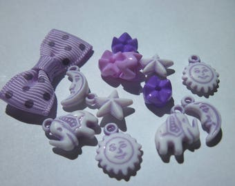 Acrylic charms and 1 bow (17) 12 beads