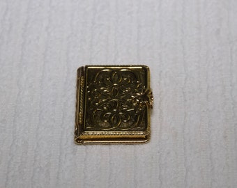 Vintage Avon Goldtone Book Locket