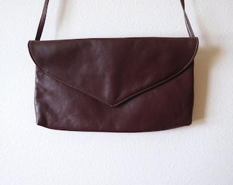 Vintage 1970s Juliette Brown Leather Envelope Bag Minimalist Simple Rectangular Shoulder bag Purse Flap purse