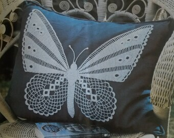 Tutorial for making of this Butterfly cushion