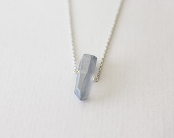 Raw Crystal point necklace - silver