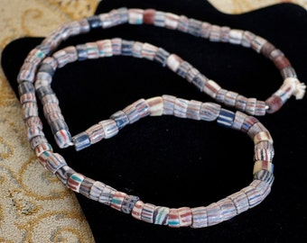 Ref: 31 Genuine vintage African trade beads from the 1950's.
