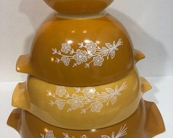 Pyrex Butterfly Gold Cinderella Set