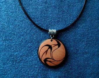 Pendant, keychain or wooden earrings: swallows/birds. Pyrography by hand. Jewelry.