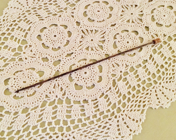Size D Laurel Hill Tunisian Crochet Hook - Forest Palm Exotic Wood Tunisian Crochet Hook Size D/3.25 mm