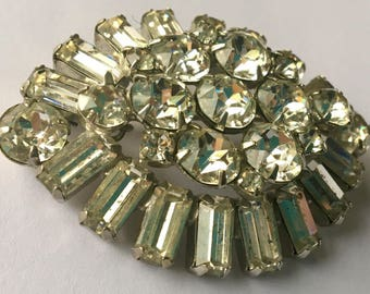 Sale Vintage Large Weiss Dimensional Rhinestone Brooch