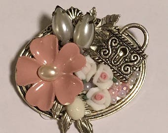 Brooch, Pink Flower Brooch, Lock Brooch, Rose Brooch, Porcelain Rose Brooch, Pearl Brooch, Flower Pin, Rose Pin, Pearl Pin, Mothers Day Gift