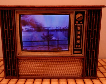 Dollhouse miniature working old TV, 1/12 scale for dollhouses