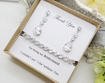 Luxury Cubic  Zirconia  Leaf Bracelet and Earrings Set, Bridal Accessory, Bridesmaid Jewelry gift